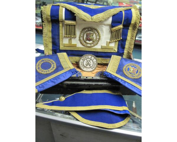China: Set of 19th century Masonic regalia